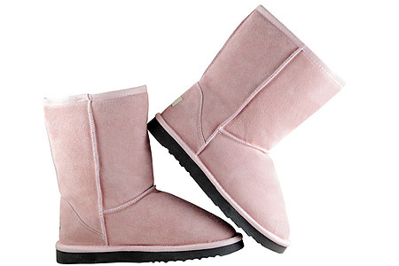 Модные розовые угги