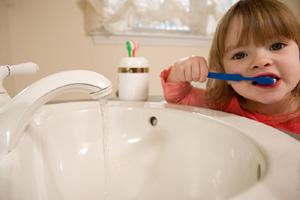 Уход за зубами ребенка до 2-х лет