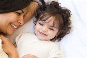Воспитание дочери - дело матери