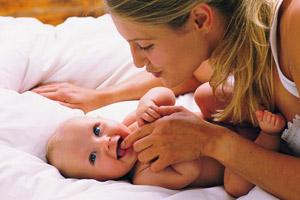 Нет более крепких уз - мама и малыш