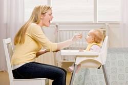 Стул для кормления малыша