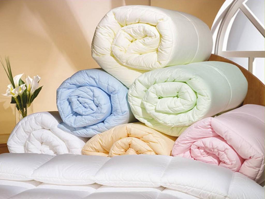 Одеяла и подушки ждут ребят