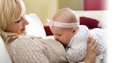 Как выбрать одежду кормящим мамам