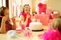 День рождения ребенка дома: идеи и советы