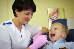 Детская стоматология: профилактика или лечение?