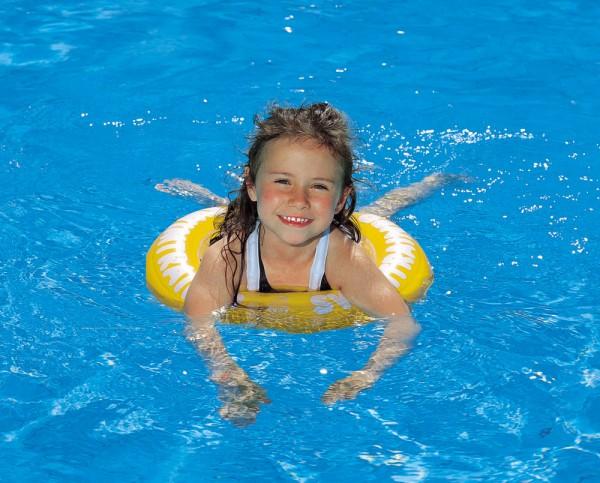занятия в бассейне для детей