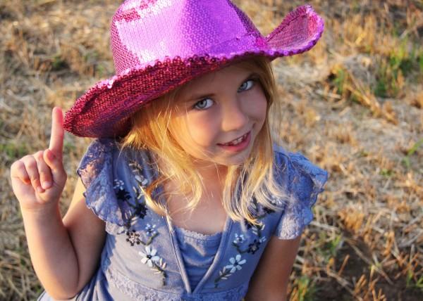 Летний гардероб для ребенка от двух до пяти лет: приоритет прогулочной одежды