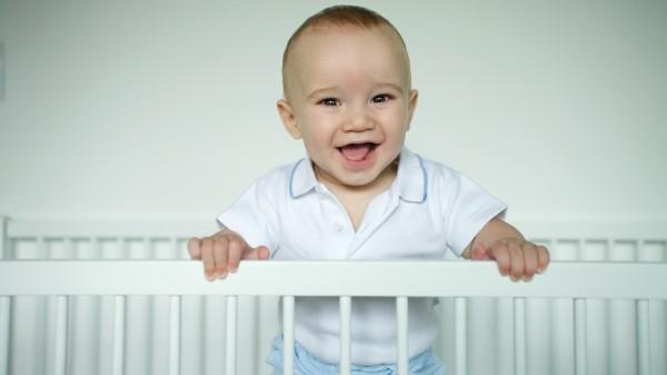 Приучение ребенка к своей кроватке: всему свое время