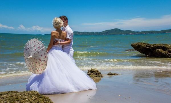 Регистрация второго брака за границей: доводы в пользу присутствия детей на торжестве
