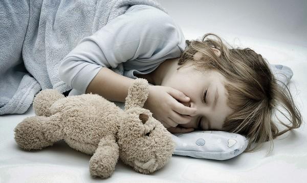 Вечерние мучения или долгое засыпание детей: возможные меры предотвращения