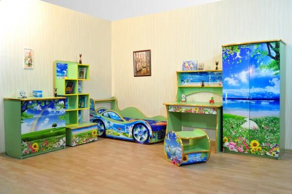 Детские игры и создание фантастических миров из мебели