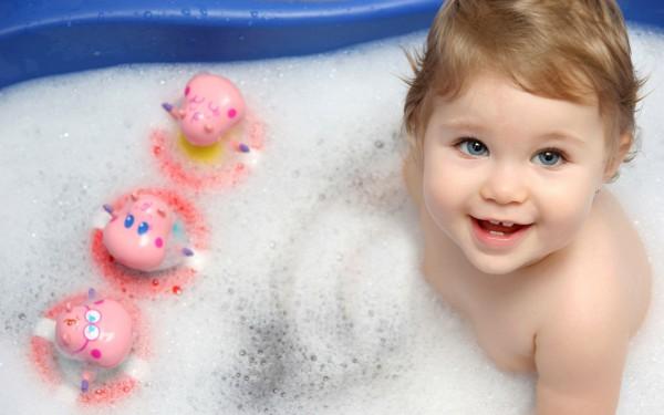 Чувство безопасности и защищенности в младенчестве: некоторые средства создания