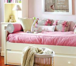 pink-child-room-02