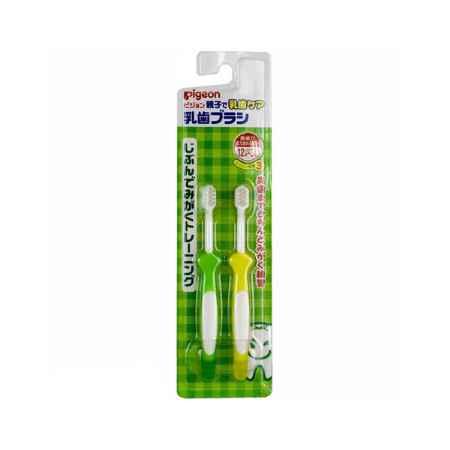 Купить Pigeon Япония Набор зубных щеток Pigeon с 12 мес 2 шт.