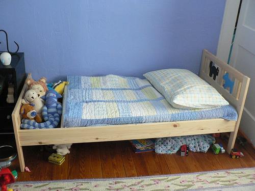 Как сделать своими руками кровать детскую